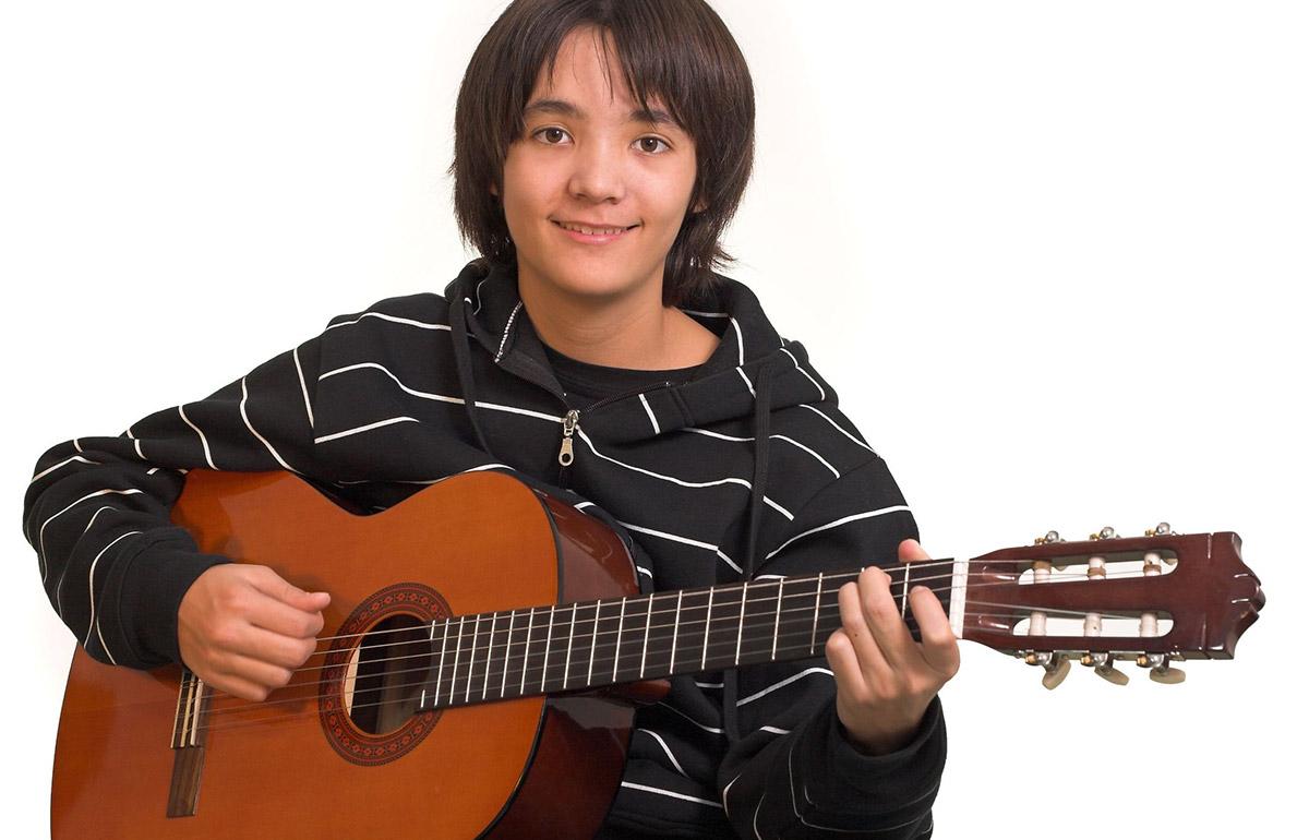 contact-us-guitar-kid